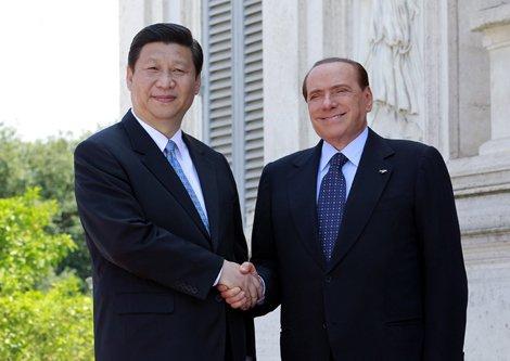 习近平在访问意大利期间会见大利时任总理贝卢斯科尼