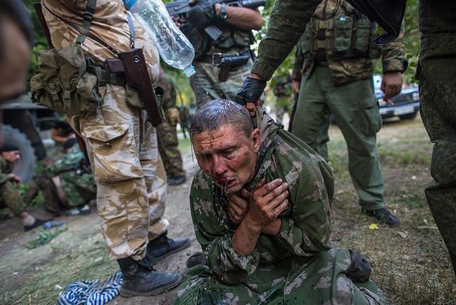 组图:在乌失踪俄罗斯记者作品公布 展现残酷内战