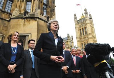 """英国新""""铁娘子""""今天就任首相 移民政策或收紧"""