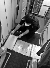 泰国飞西安航班上有老鼠 检疫人员花半小时抓获