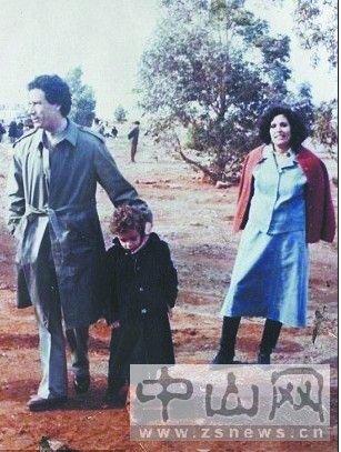 卡扎菲妻子与3子女流亡到友好邻国阿尔及利亚