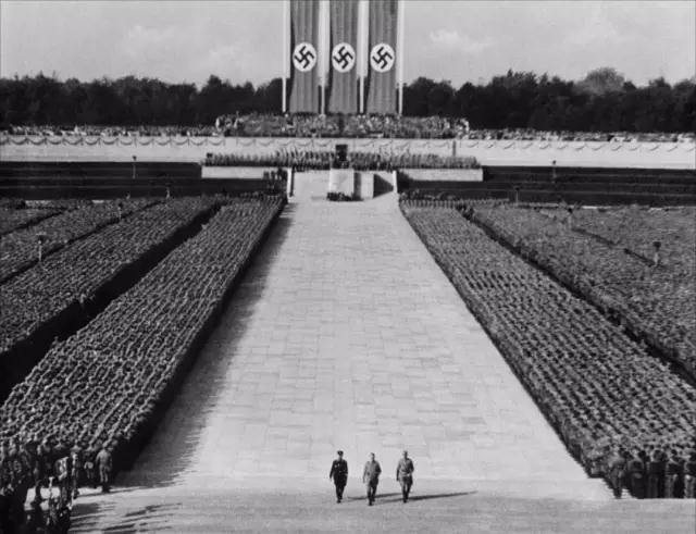 影片《意志的胜利》剧照。