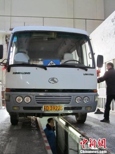 江苏常州启动校车大体检 频率提高到每月1次