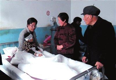 甘肃幼儿园校车超载逆行 撞上运煤车20人遇难
