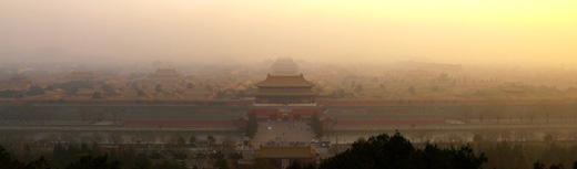 北京全市空气质量达严重污染 霾预警生效中