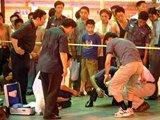 2004年 重庆闹市区发生袭警抢枪案