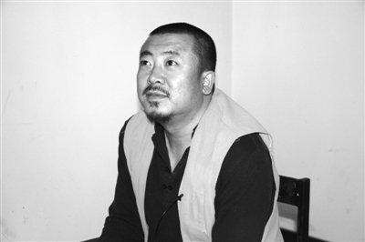 12月15日,吉世光在齐齐哈尔市看守所接受媒体的采访。 王建春 摄