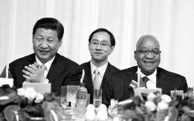 习近平首访非洲三国总统接机 俄罗斯派部长接