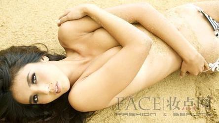 女人裸露全身图片_