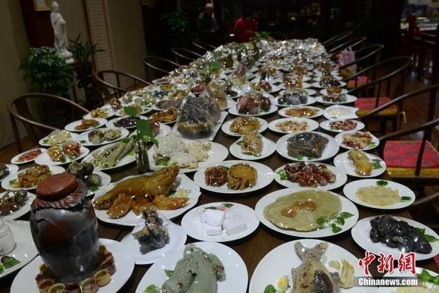 满汉全席,山珍海味具体指的什么菜肴?你能说出顶级菜肴名吗?