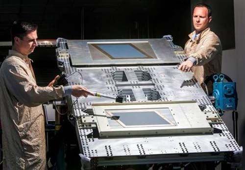 诺格完成B-2轰炸机与先进极高频卫星安全通信试验