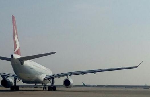 国产大飞机C919完成自主滑行试验 预计本月首飞