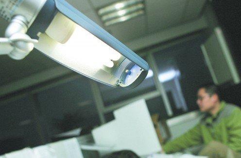 节能灯回收困境:回收企业少 无有效回收体系