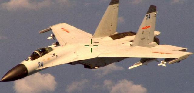 美军方:中国军机南海拦截美侦察机 距离约15米