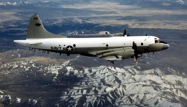 美军方:中国军机南海拦截美侦察机