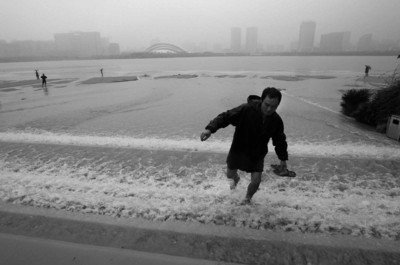 合肥昨日遇入夏最强暴雨 内涝严重(组图)
