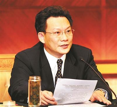 内蒙副主席潘逸阳被调查 任职地先后牵出腐败大案