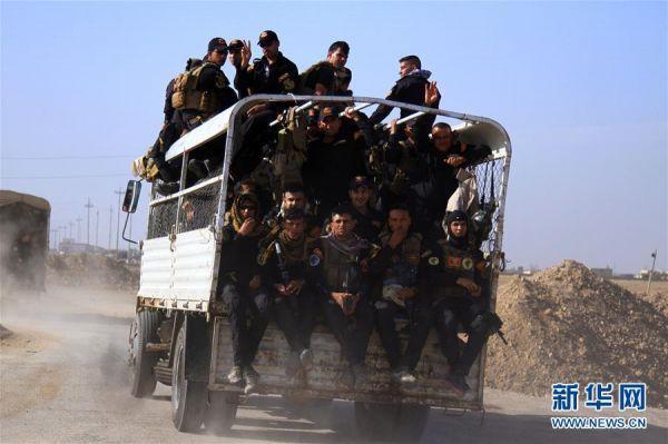 俄媒称美军误炸摩苏尔伊军:近90名士兵死亡