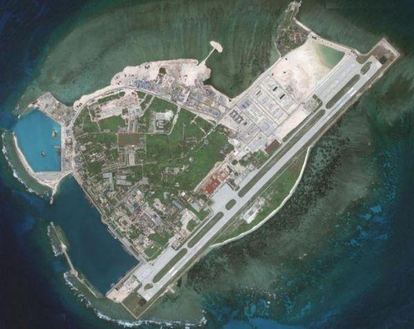 """加刊解析中国南海""""超级舰队"""":有4艘不沉""""航母"""""""