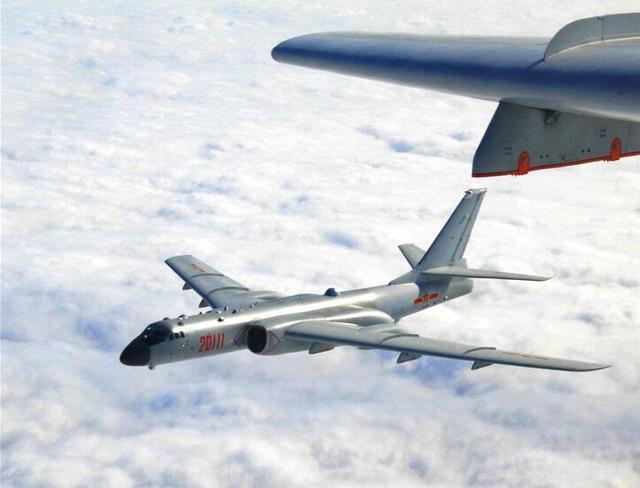 韩媒称3架中国军机飞抵韩国济州岛附近 包括一架轰炸机