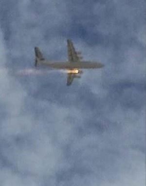 高清图-澳大利亚一架科巴姆航空公司从珀斯起飞飞机着火紧急迫降