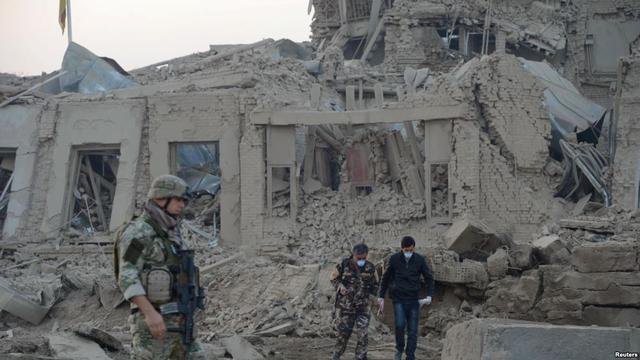 塔利班为抨击北约空袭 血袭德国领馆致百人死伤