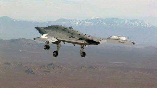 美军X-47B和隐形轰炸机双管齐下对付中国导弹