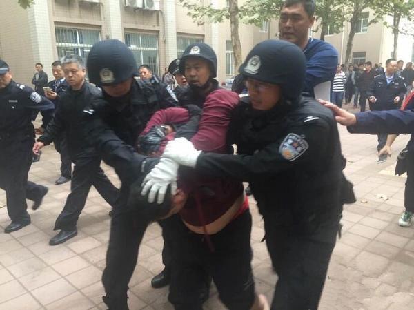 济南处置中学劫持人质案件 事发前刚进行反恐演练