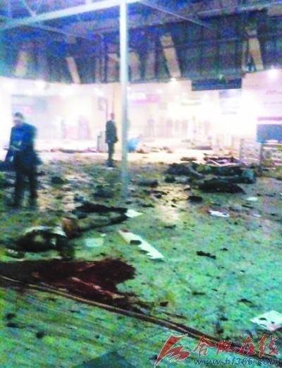 莫斯科机场爆炸现场惨状:尸体随处可见(图)