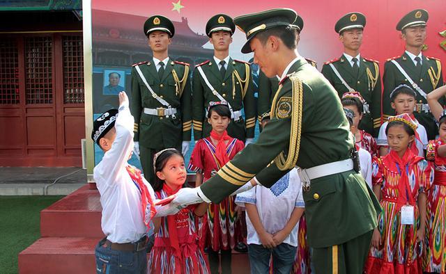 新疆:禁止家长诱导、强迫孩子参加宗教