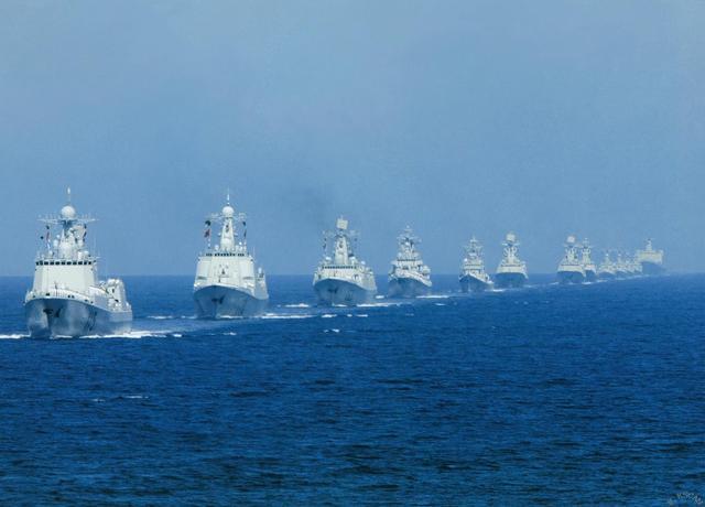 德媒称中国军力全球第三:战舰700艘 军机近3千架