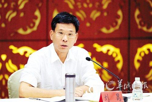 广州副市长王东:部委要带头削弱权力财力(图)