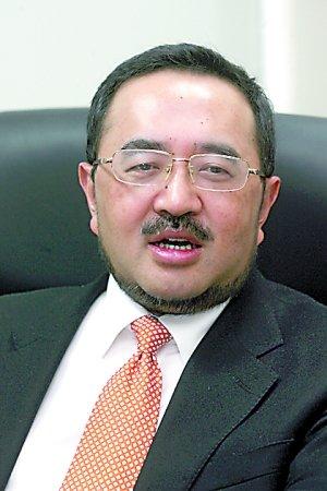 代表韩德云:尽快制定和完善虐待儿童罪立法