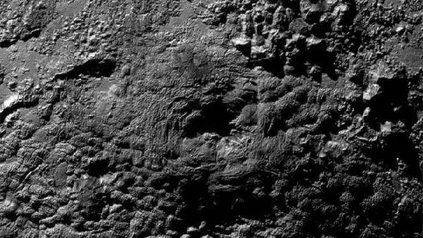 NASA曝光冥王星50个重大发现 冰火山领衔