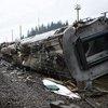 俄客运列车脱轨现场