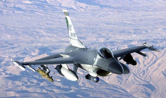 专家称若美售台F-16将致中美关系近年最大倒退