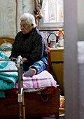 直击敬老院老人生存现状 大部分时间在床上度过