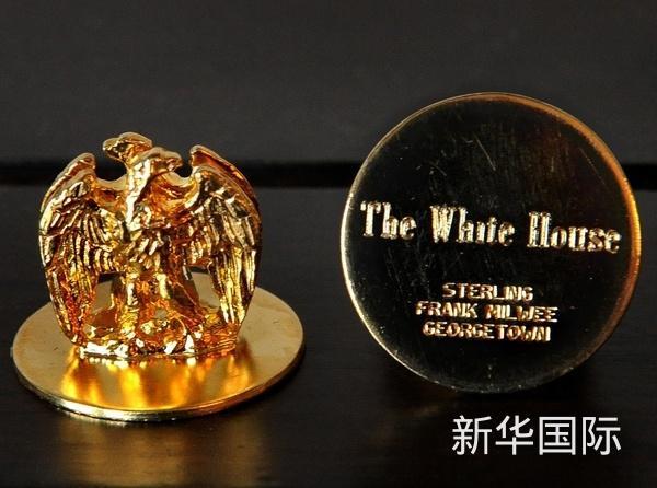 白宫宴会桌上的座次牌。(图片来源:《华盛顿邮报》)