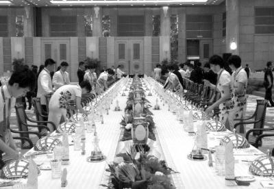习近平:望上海峰会留下浓墨重彩