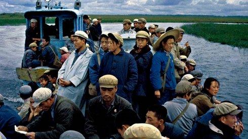 摄影家翁乃强:从红卫兵到恢复高考,历史从未如此鲜活