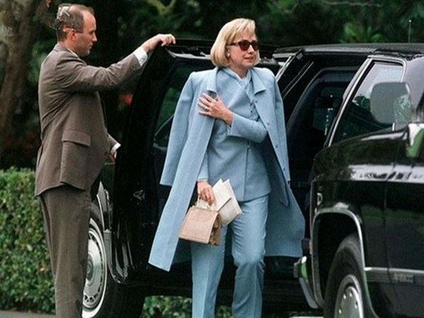 美特工圈记者:希拉里和克林顿是