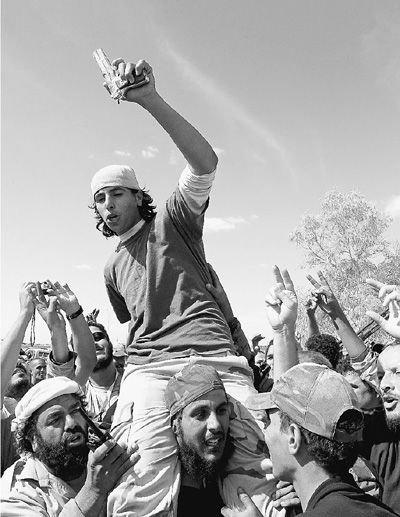 """利比亚彻底翻过""""卡扎菲时代""""一页"""