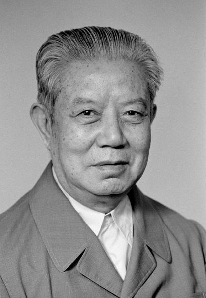 中宣部原部长邓力群逝世 享年100岁