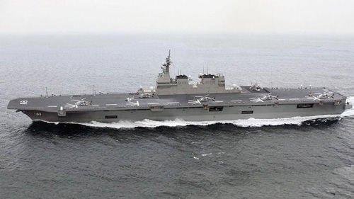 日本首艘航母悄悄下水 汉和称战力匹敌辽宁舰