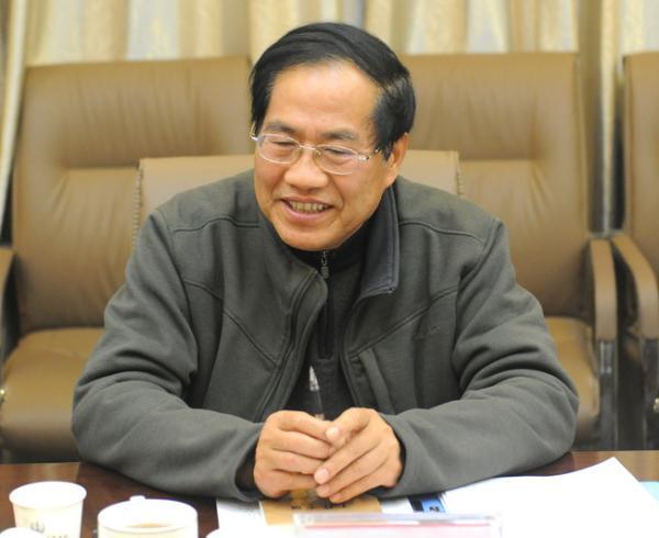 63岁的黄成惠在学校后山自杀