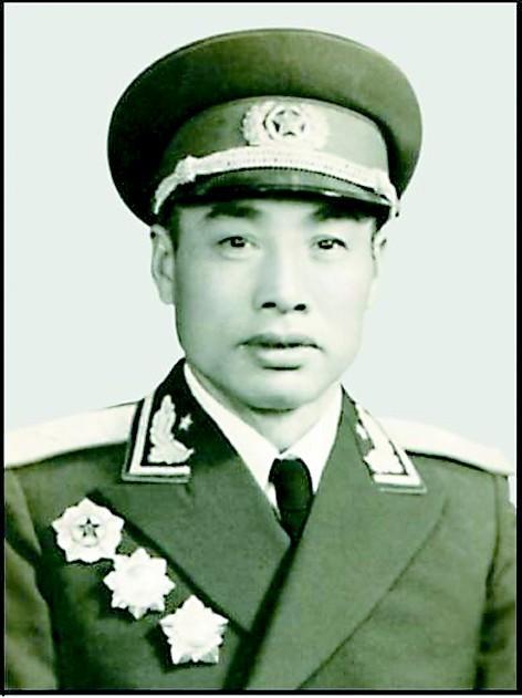 原武汉军区副司令员张秀龙同志逝世 享年102岁