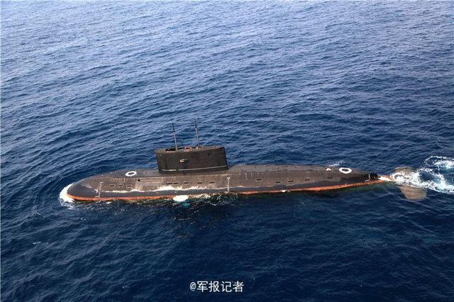 揭秘中国传奇372号潜艇 遇险后又遭外军机跟踪