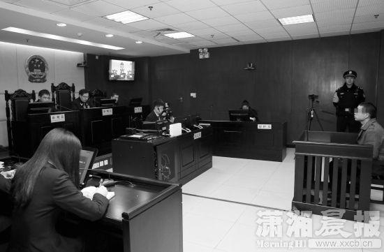 90后无业男为圆谎绑架杀害3岁幼童(图)