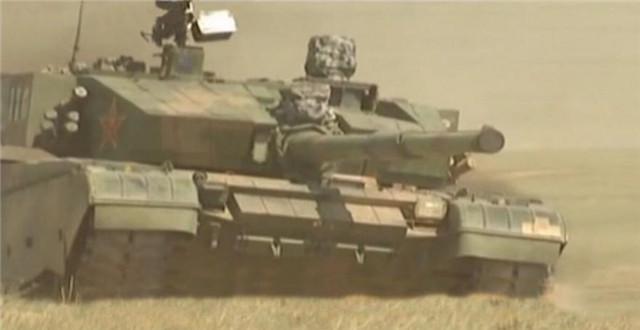 """组图:中国最先进坦克""""99大改""""首次公开亮相"""