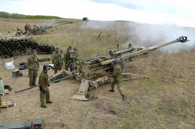 印度与美国签约 7.37亿美元购145门M777超轻型榴弹炮